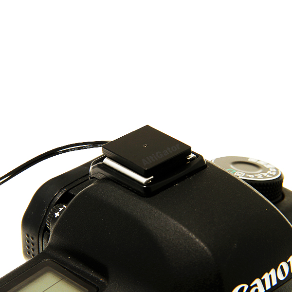 Hot shoe adapter for camera